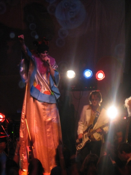 ofmontreal19.jpg